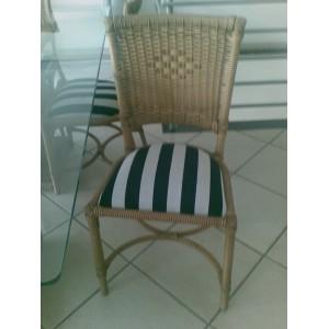 http://arteemtranca.com.br/13-32-thickbox/cadeira-ref-guterres.jpg