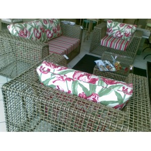 http://arteemtranca.com.br/33-37-thickbox/sofa-dois-lugares-ref-taurino-.jpg